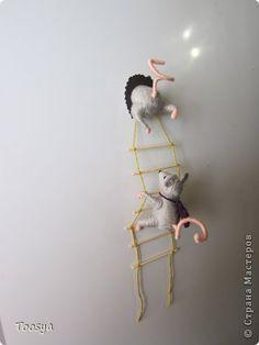 Мастер-класс Поделка изделие Моделирование конструирование Плетение МК Магнит Мышки-воришки Материал природный Проволока Пряжа фото 37