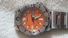 http://www.horlogeforum.nl/t/tk-seiko-monster-1e-gen-oranje-plaat/77382