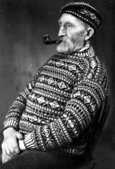 Tour Scotland Photographs: Old photograph of a fisherman wearing a knitted jumpe. Tour Scotland Photographs: Old photograph of a fisherman wearing a knitted jumper on Fair Isle, Scotland. Fair Isle is a. Veronique Branquinho, Fair Isle Pattern, Fair Isle Knitting, Vintage Knitting, Vintage Crochet, Fair Isles, Pullover, Vintage Photographs, Knitting Patterns
