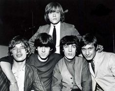 MICK JAGGER, KEITH RICHARDS, BRIAN JONES, BILL WYMAN, et CHARLIE WATTS