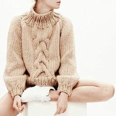 Contemporary Knitwear - chunky cable sweater // I Love Mr Mittens Cardigans Crochet, Cable Knit Sweaters, Chunky Sweaters, Looks Street Style, Sweater Weather, Autumn Winter Fashion, Fall Fashion, Winter Outfits, What To Wear