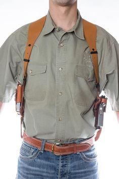 The leather shoulder holster simply called the SSR that will change your comfort and ease of carry for the shoulder holster fan's. The Best shoulder holster. Cowboy Holsters, Western Holsters, 1911 Holster, Pistol Holster, Saddle Leather, Leather Tooling, Revolver, Custom Leather Holsters, Totes