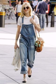 Baggy denim dungarees + white t-shirt. More fashion at www.jeannelm.com.