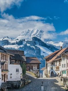 Gruyeres, Switzerland. Famed for producing the cheese of the same name, Gruyeres is a medieval gateway to the Swiss Alps where the only traffic jam you'll encounter is the one created by cows on their way to alpine pastures. Check out 40 of the last storybook town in Europe. #Swissalps