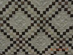 Irish Latte by Gail Eberle.   Triple Irish chain pattern.  Quilted by Kristi Hawkins. MQS 2012