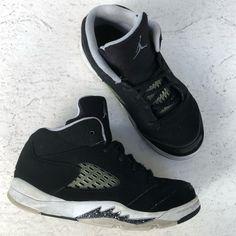 outlet store e6e74 e5e02 Jordan Shoes   Air Jordan Retro 5 Oreo Sneakers   Color  Black White    Size  10b