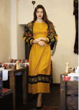 Платье горчичного цвета с вышивкой ПЛ-770276