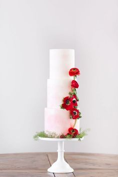 Blush Watercolor Wedding Cake with Bold Red Flowers | Amy and Jordan Photography | heyweddinglady.co...