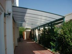 Cobertura de policarbonato para quintal
