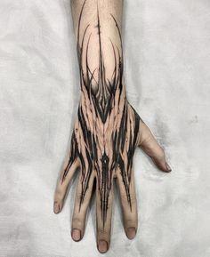 Black Tattoos, New Tattoos, I Tattoo, Tatoos, Circuit Tattoo, Herren Hand Tattoos, Number Tattoos, Skull Sketch, Blackout Tattoo