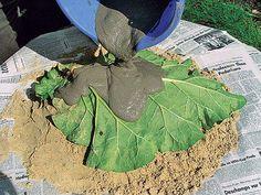 Stand-Cast-Birdbath-leaf-shape-3