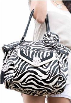 Grace Adele Zebra Bag and Accessories https://scentsofstylebyjess.graceadele.us