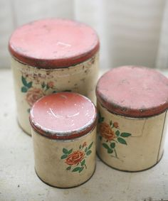 How to Clean Your Vintage Aluminium Kitchen Canisters