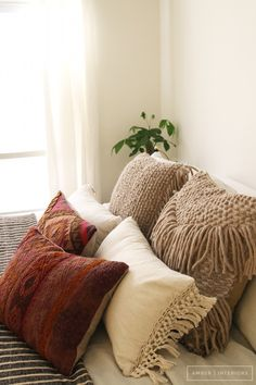 Amber Interiors for Anthropologie @anthropologie Those pillows
