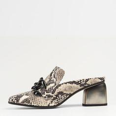 Sitio Web oficial de PEPE VERA 69!!!, diseñador español de zapatos de mujer, sandalias, Salón, botas, botines de calidad y fabricación exclusiva en España.