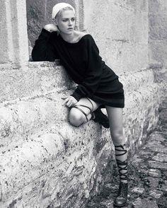 kristenksstewartlovePhotography #fashionmagazine (sequel of previous photoshoot for #gloriaglam #gloriaglammagazine ) #kristenstewart #chanel #chanelmuse #gabriellechanel