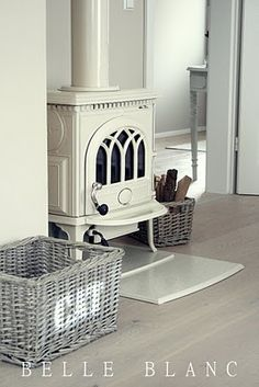 This looks like Jotul brand stove. If we plan for a stove in the living room, I… Cottage Shabby Chic, Stove Fireplace, White Fireplace, Wood Stove Hearth, Fireplace Ideas, Design Salon, Log Burner, My Dream Home, Home And Living