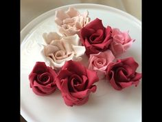 How to make Gumpaste Roses: Quick and Easy! - YouTube