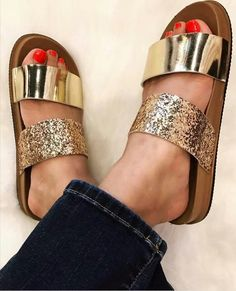 Yesss gold sandals