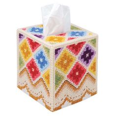 COUNTRY QUILT  Bright Boutique Size Tissue Box Cover