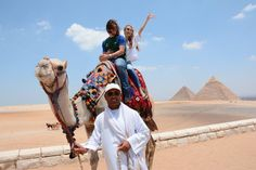 day tour pyramids cairo http://egypttravel.cc/en/tour/list/127/1 Giza Pyramids & Saladin Citadel of Cairo Day Trip Day Trip to the Pyramids of Giza Tour to the Great Sphinx Visit the Valley Temple.