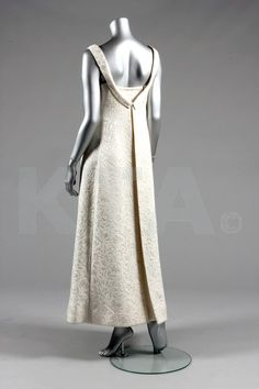 Cristóbal Balenciaga, 1961. Couture ivory brocatelle evening/bridal gown, Autumn-Winter, 1961