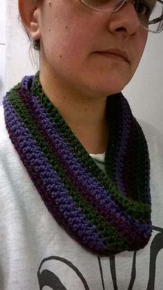 www.ravelry.com/projects/aelitask/scrap-yarn-crochet-cowl
