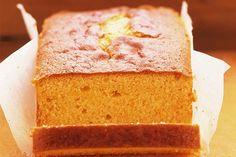 Voici un gâteau quatre-quarts facile à préparer et doublement savoureux, où se marient la gelée Jell-O à l'orange et le parfum du zeste d'orange.