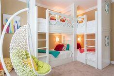 22 Cool Designs of Bunk Beds For Four | Home Design Lover #Girlsbedroomfurniture #Teengirlbedrooms