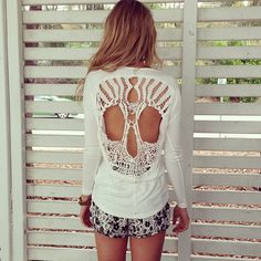 Spring Outfit - Skull Cut Out Top - Floral Shorts