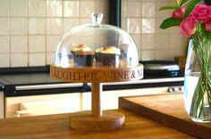 personalized-oak-cake-stand-makemesomethingspecial.com