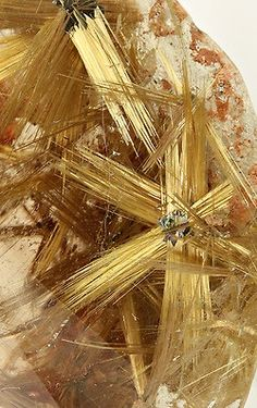 Rutile in Quartz / Mineral Friends ♥ Minerals And Gemstones, Rocks And Minerals, Natural Crystals, Stones And Crystals, Gem Stones, Beautiful Rocks, Mineral Stone, Rutilated Quartz, Rocks And Gems