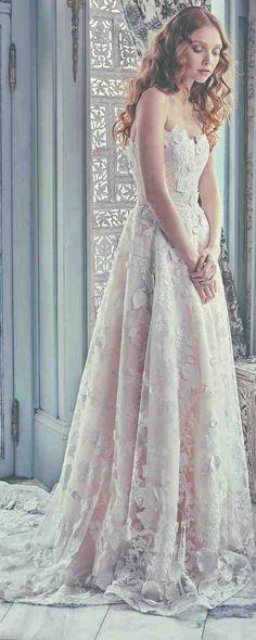 Sareh Nouri Spring 2018 Wedding Dresses | Deer Pearl Flowers