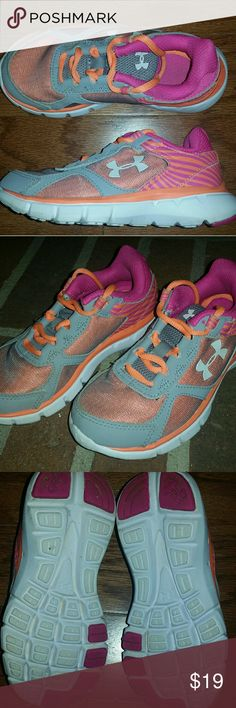 Under Armour Girls Sneakers Like new, worn less than 5 times. Under Armour Shoes Sneakers