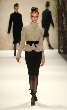 Monique Lhuillier Fall 2011: Totally translate-able to knits. Love.