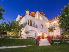 Megan Fox and Brian Austin Green's Los Angeles Home for Sale http://www.frontdoor.com/photos/out-with-the-old-in-with-the-new-compare-megan-fox-and-brian-austin-greens-homes?soc=pinterest