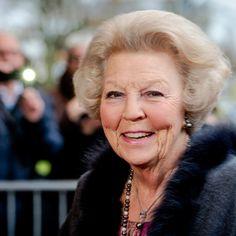 Prinses Beatrix ontslagen uit het ziekenhuis