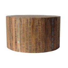 Dit is een stoere stevige salontafel van 80 cm. Deze salontafel is gemaakt van grof mango hout. Op dit hout zijn gekleurde strepen/vegen toegevoegd om een ouder uiterlijk te creëren. Deze bijzettafel van mango hout kan van kleur verschillen dan op de foto wordt getoond, ieder item is uniek.