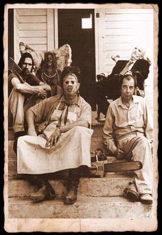 On the set of Texas Chainsaw Massacre with the Sawyer family 1974.