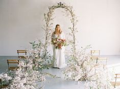 Extravagant floral tablescapes, timeless bridal bouquets, unique centerpieces, whimsical floral arches and more! We create Nashville's best wedding floral designs with lush, fresh flowers from around the world. Chic Wedding, Luxury Wedding, Floral Wedding, Wedding Engagement, Bright Wedding Colors, Unique Centerpieces, Southern Bride, Floral Arch, Wedding Designs