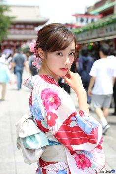 Yukata, Prity Girl, Cute Poses, Japanese Kimono, Pretty And Cute, Traditional Dresses, Harajuku, Lady, Womens Fashion