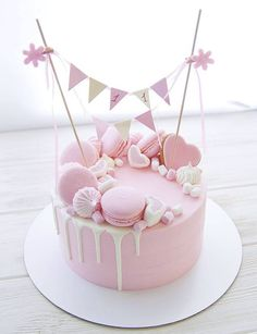 Simple yet perfect formed 👌🏽💕 by Марина Love a delicate pretty pi. - Cakes, Frostings and a Little Pie - Best Cake Recipes Pink Birthday Cakes, Beautiful Birthday Cakes, Beautiful Cakes, Pretty Cakes, Cute Cakes, Yummy Cakes, Pastel Cakes, Girly Cakes, Gateau Baby Shower
