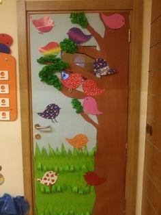 Classroom door (spring)