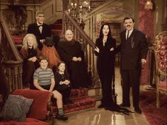 Big fan of Carolyn Jones' Morticia Addams and The Addams Family. I also enjoy reading, waching movies, studying and music (heavy metal, symphonic, viking and power metal - not so much black metal but. The Addams Family 1964, Addams Family Tv Show, Addams Family Costumes, Family Tv Series, Gomez And Morticia, Morticia Addams, Tv Retro, Charles Addams, The Munsters