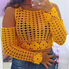 Deliane Estrela Rocha: Blusa ciganinha de croche encomende logo a sua Crochet Halter Tops, Crochet Shirt, Crochet Jacket, Crochet Crop Top, Crochet Baby, Crochet Bikini, Knit Crochet, Crochet Designs, Crochet Patterns
