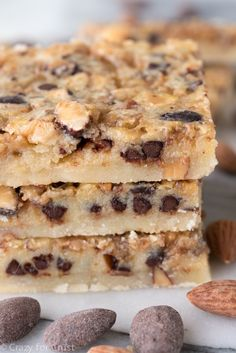 Chocolate Toffee Almond Shortbread Bars - an easy bar cookie recipe filled with chocolate, toffee bits, and chopped almonds!