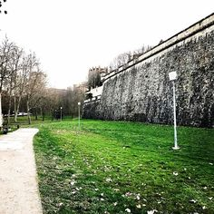 I could smell spring air on this walk along the Pamplona walls!
