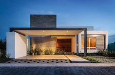 """Home Designs on Instagram: """"T02 House Follow @classy.homes for more! Located in Mexico Designed by ADI Arquitectura y Diseño Interior"""" #fachadasmodernasresidenciais"""