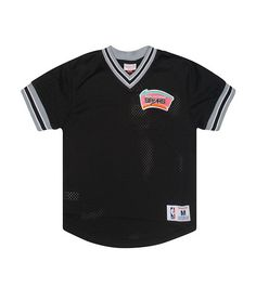 292ec8db861 MITCHELL AND NESS MENS SAN ANTONIO SPURS MESH V NECK Black