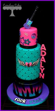 Rocker Girl Cake, this is sooo awesome! it doesn't eve have to be a rocker girl, this could fit for any girl theme! Teen Cakes, Girl Cakes, Cupcakes, Cupcake Cakes, Beautiful Cakes, Amazing Cakes, Birthday Cakes For Teens, Birthday Ideas, Cake Birthday